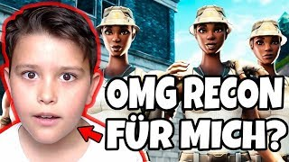 😍My little BRUDER gets RECON EXPERT account😱 round of his life against OG SKINS in Fortnite
