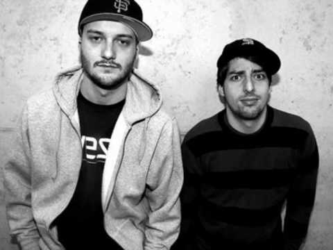 Crookers feat. Yelle - Cooler Couleur.