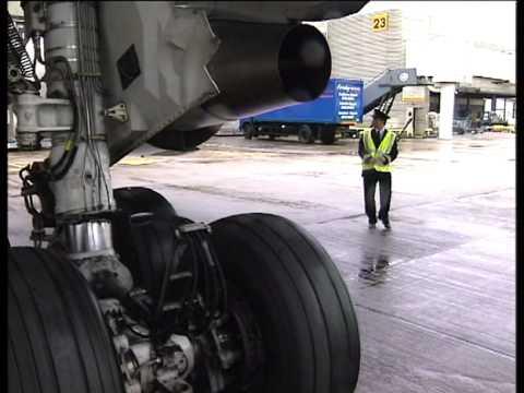 BOEING 767-300 ER (Взгляд изнутри)