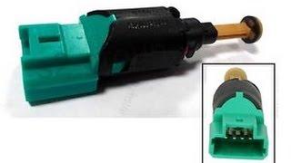 Remplacer. contacteur de stop  - استبدال حساس ضو الفرامل
