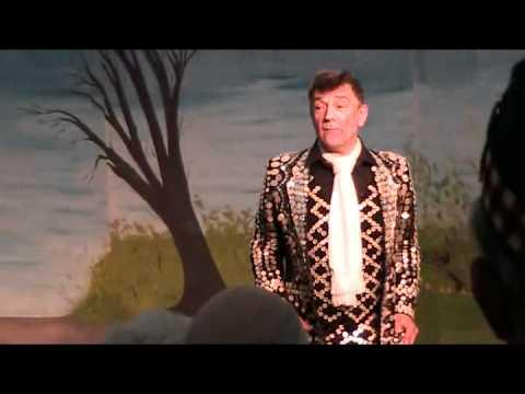 Mickie Driver sings a medley of Boer War songs