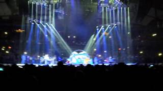 Garth Brooks with Trisha Yearwood World Tour Chicago 11 The Thunder Rolls