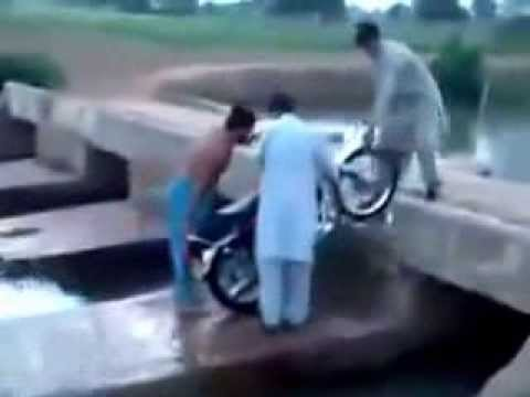 Very funny clips pakistani funny jokes free download latest funny.