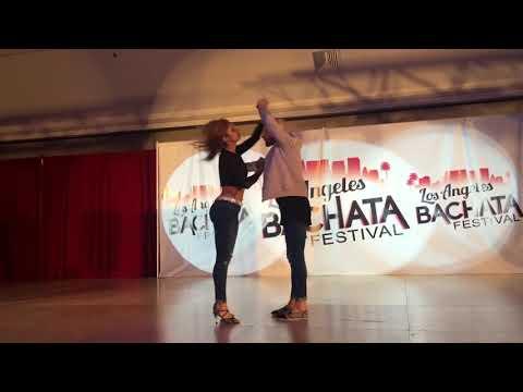 Танцуют: Ataca & Alemana.