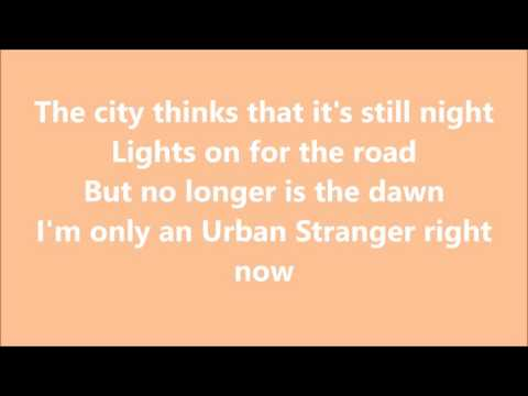 Urban Stranger TESTO - Urban Strangers
