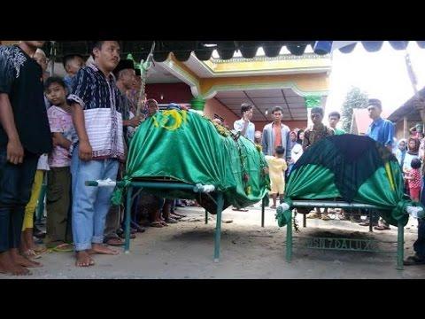 """Berita 13 Juli 2015 - VIDEO Dua Bocah Tewas Tenggelam saat """"Asmara Subuh"""""""