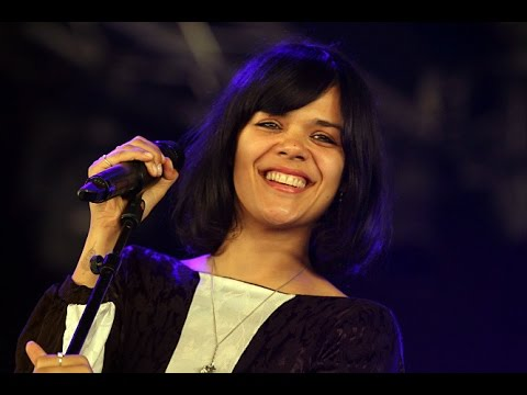 Bat For Lashes - Live Lowlands Festival 2013