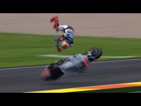 Motogp assen gp 2013 jorge lorenzo crash youtube motogp assen gp 2013 jorge lorenzo crash voltagebd Images