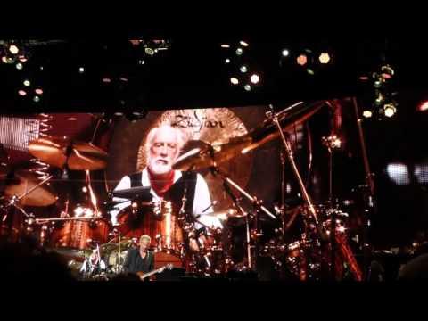 Fleetwood Mac - Don't Stop (Melbourne, 02.11.2015)