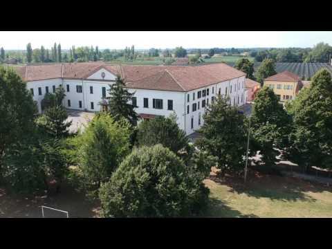 Migrant's center in Italia