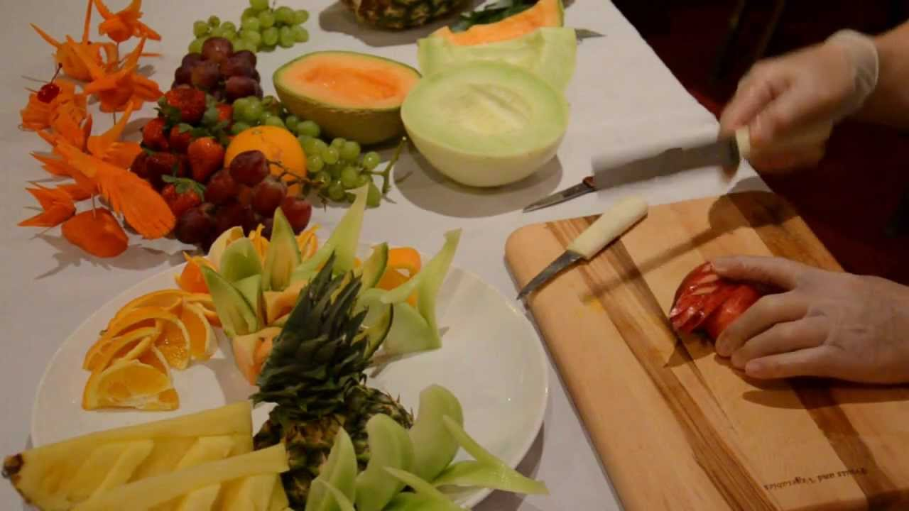 YouTube Premium & How to Make a Fruit Plate - YouTube