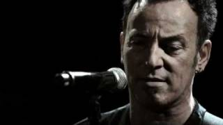 Bruce Springsteen - Racing In The Street (Paramount Theatre 2009)