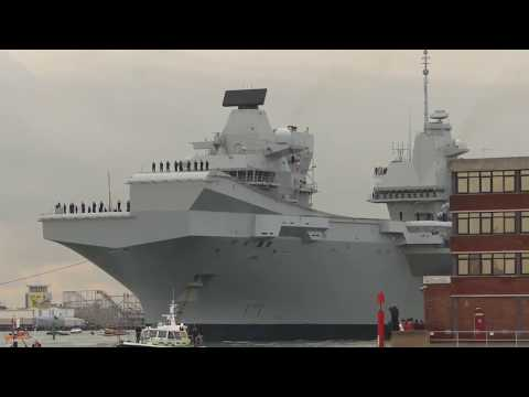 HMS Queen Elizabeth arriving in Portsmouth harbour for the first time - 16th August 2017