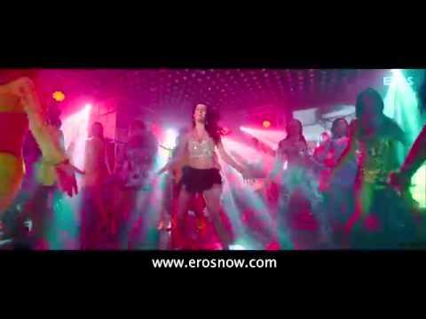 Balma Song Promo  Khiladi 786 ft Akshay Kumar, Asin & Claudia Ciesla