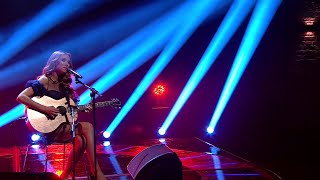 Una Healy - Strangers | The Late Late Show | RTÉ One