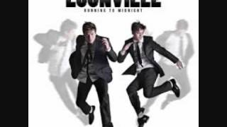 Watch Locnville Head To The Sky video