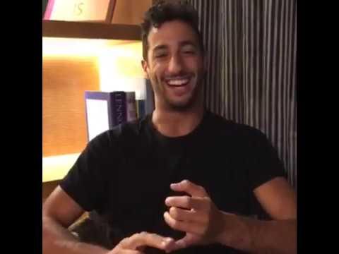 Who would Daniel Ricciardo invite to a dinner party?
