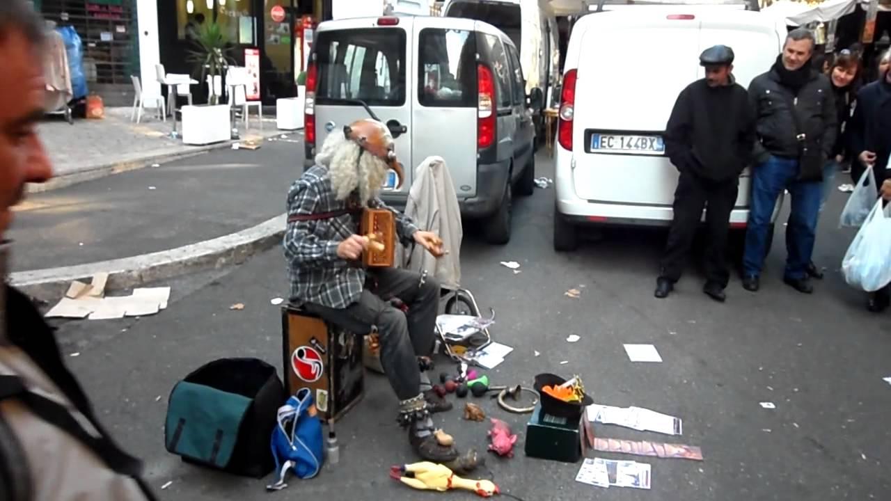 Porta portese street performer youtube - Porta portese baby sitter ...