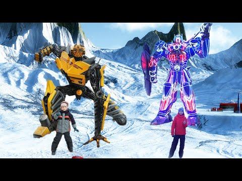 ВЛОГ Данил и Тимур в музее Восстания машины, Огромные роботы трансформеры и фантастические герои!