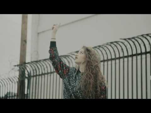 FAVILA - Dytto shoot BTS