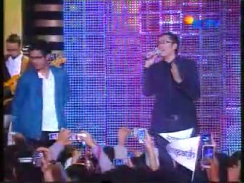 YouTube - Kerispatih Feat Afgan - Mengenangmu.flv