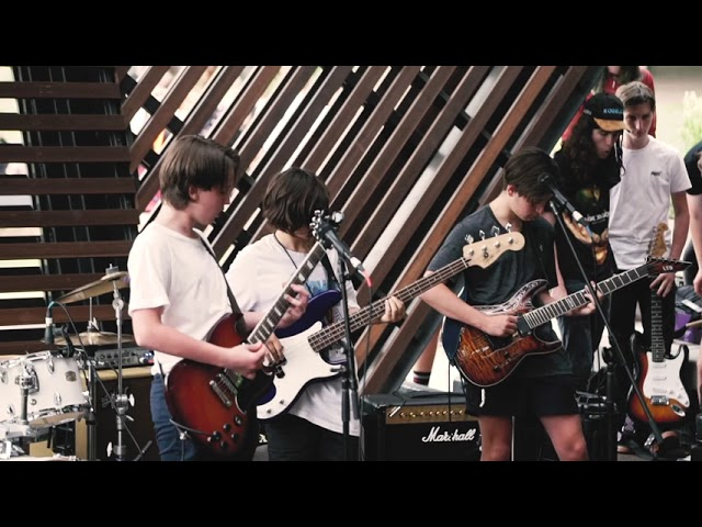 16 Falling Cymbals - Paranoid (Black Sabbath)