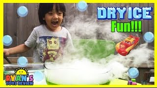DRY ICE EXPERIMENT Easy science experiments for Kids with Disney Toys