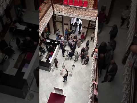 Marroquíes protestan en el Consulado de Marruecos de Algeciras