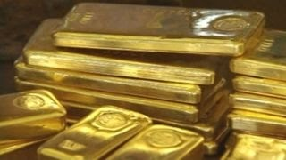 Thieves steal 100 gold bars stashed under homeowners bed