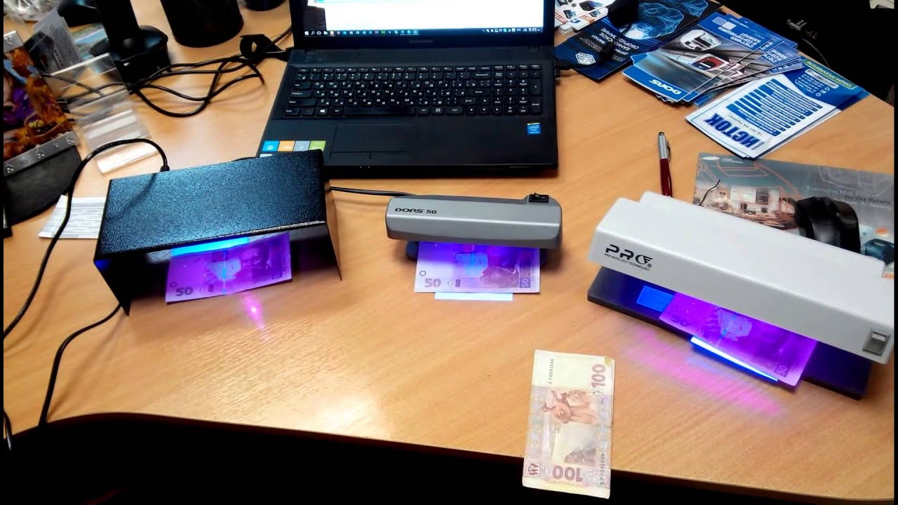 Детектор валют карманный, портативный dl-01 это отличный выбор и прекрасный подарок. Детектор валют dl-01 работает от четырёх батареек типа аа, позволяет проверить банкноты и документы на подлинность в ультрафиолетовом свете и на просвет, в любых условиях. Компактные размеры и.