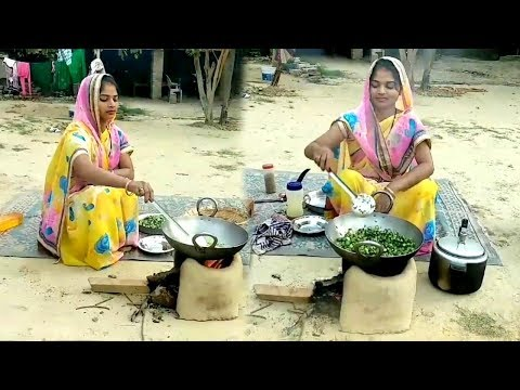 DAILY INDIAN MORNING ROUTINE 2018 IN HINDI || INDIAN DAILY LUNCH ROUTINE || VILLAGE COOKING