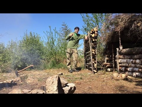 SOLO DEBRIS VILLAGE CAMP ROAST CHICKEN AND SHELTER BUILDING