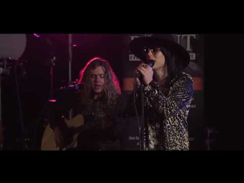 The Struts - Put Your Money On Me - LIVE acoustic performance from VAT19