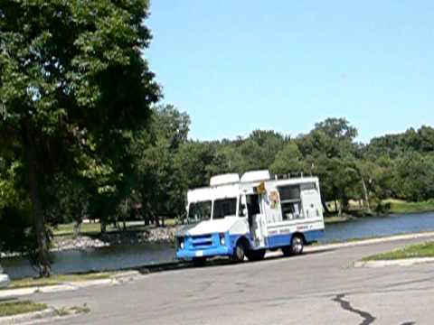 Ice Cream Truck by Levee Park - Red Wing, MN - July 11th 2009