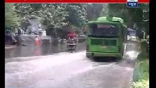 Rain brings relief from hot weather of Delhi