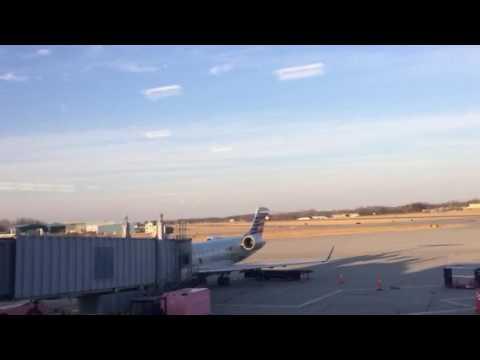 JetBlue Landing at Albany NY