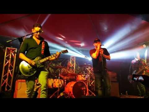 6 Descarado El Clubo Xela 04-06-16