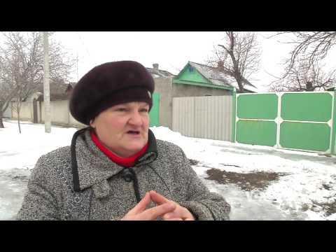 Ukrainian Neighborhood Divided Over Conflict