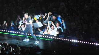 Maroon 5 -  Love Somebody 3/8/2015 at Izod Center