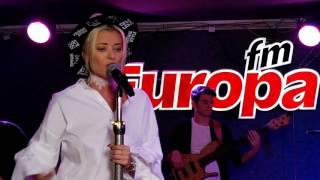 The Motans feat. Delia - &quotWeekend&quot, live In Desteptarea