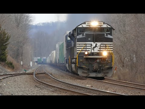 Norfolk Southern 24Z And 20K In Piscataway On The CR Lehigh Line With Dash 9 And SD70ACe Duos 2/2/20