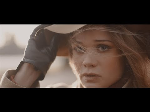 Vajé - Laura (Walk With Me) (Official Video)