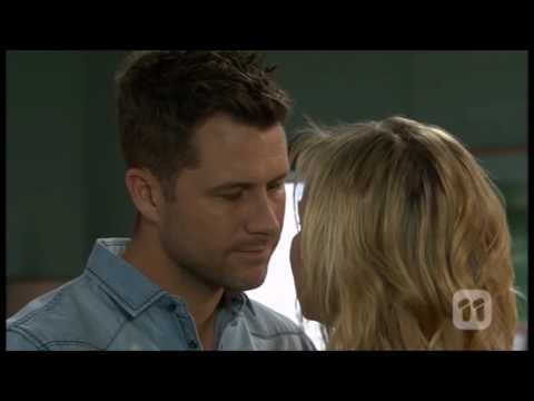 [Neighbours] 7532 Mark & Steph Scene