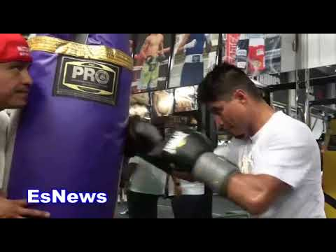 Mikey Garcia In Tip Top Shape Working Out For Robert Easter Jr