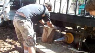 Stickler Log Splitter Firewood Screw.MOV