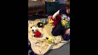 Angry Birds - Angry Birds Are Buried Eggs In Their Birthday Party