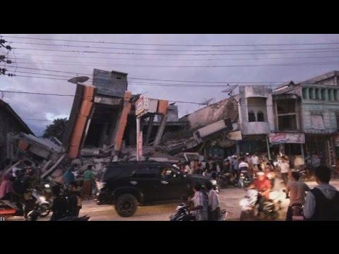 Breaking News: Aceh Pasca Gempa - Evakuasi Korban, Bantuan Medis Dibutuhkan Segera