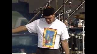 Download lagu Al Jarreau She s Leaving Home 8 10 2004 Newport Jazz Festival MP3