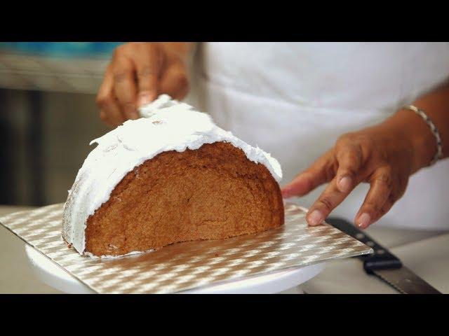 How To Shape A Purse Cake