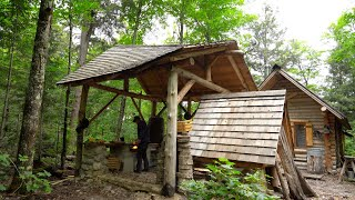 Living off the Land at the Log Cabin, Wild Mushroom Cheeseburgers, Ratatouille | Cooking in Nature